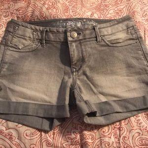 Express Jean Shorts light grey denim wash
